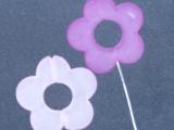 50 Nadeln mit Acryl Blüte Flieder / Lila