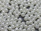 Große Portion - ca. 2200 Stück - Perlen Weiß 6 mm