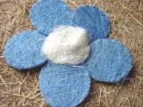 Sisal Blüte 25 cm Hellblau / Weiß